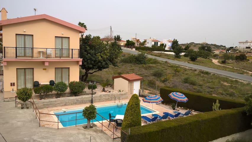 Kapsalia Holiday Villa no 4