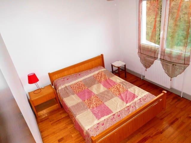 Joli logement ensoleillé dans villa - Saint-Julien-en-Champsaur - Maison