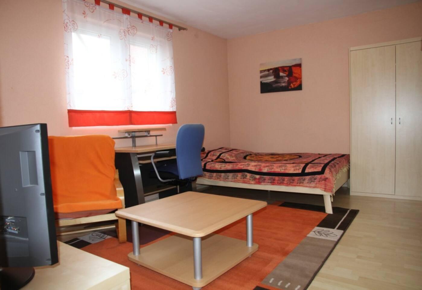 gemütliches Studio-Apartment, voll möbliert