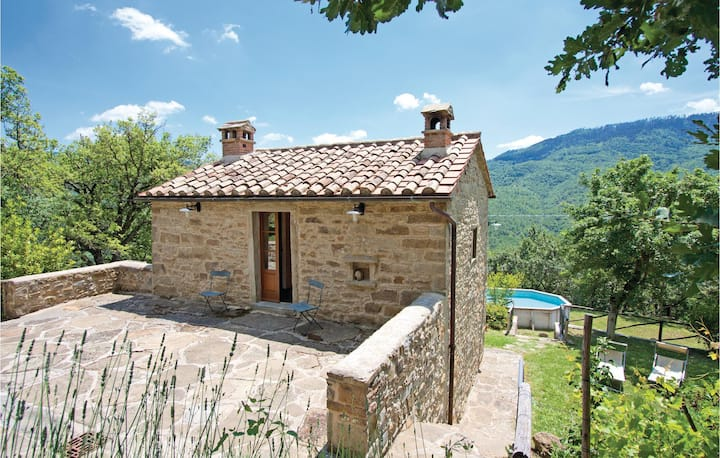 Holiday cottage with 2 bedrooms on 60m² in Cortona AR