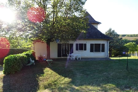 Charming house in the heart of the country side - Villeneuve
