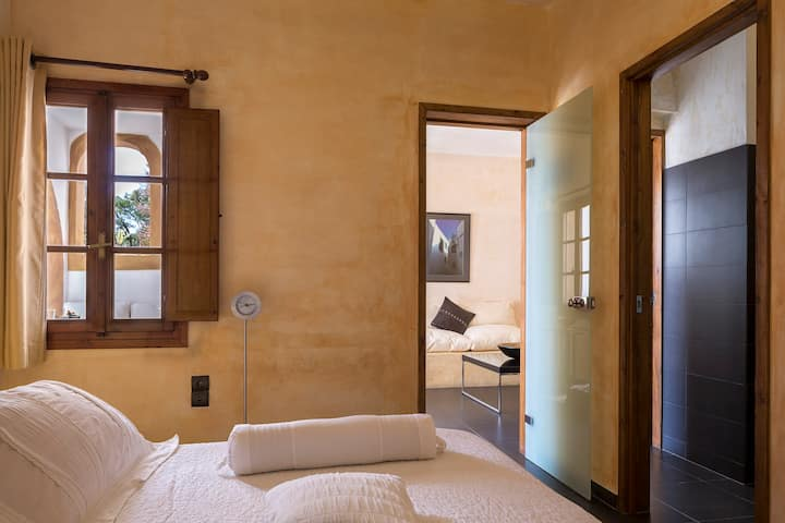 The Petra Hotel and Suites-Family Suite