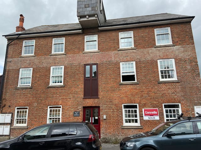 Spacious flat in converted granary