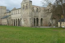 Ihre Ziele in Thüringen: Paulinzella, eine der  schönsten Klosterruinen