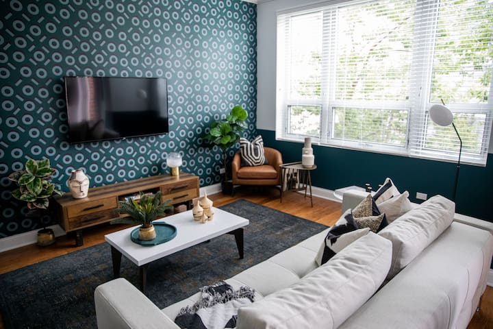 Domio | South Loop | Work Ready 2 BR + Fitness Center