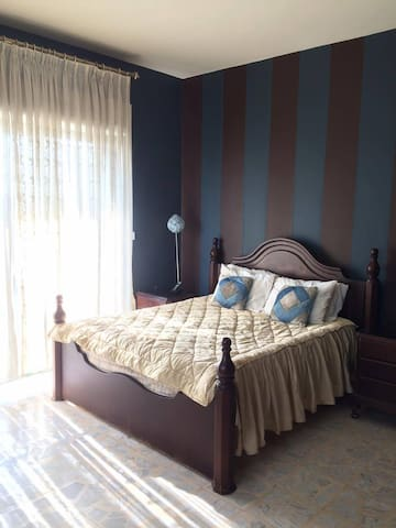 A room with private bathroom in the city center - Amán - Departamento