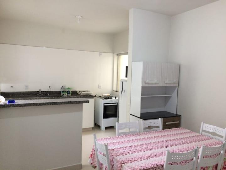 104 - Apartamento no centro de Capitólio