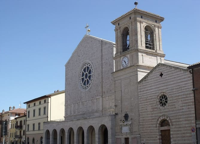 FULLY EQUIPPED, 5 MINUTES DRIVE FROM ASSISI