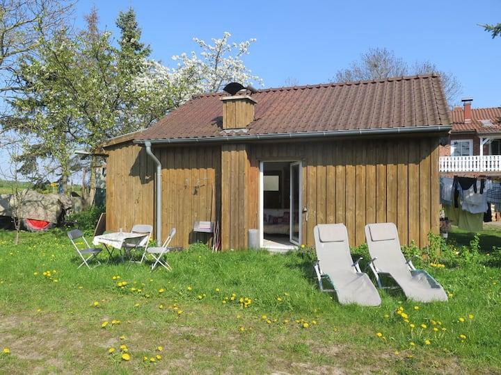 Sonnige Holzhütte - Urlaub für Herz und Seele