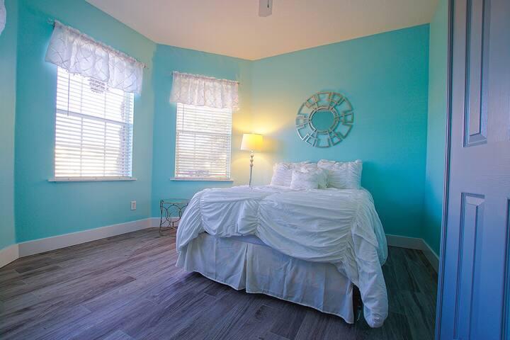 1Bedroom in Golf Course Community - Davenport - Bed & Breakfast