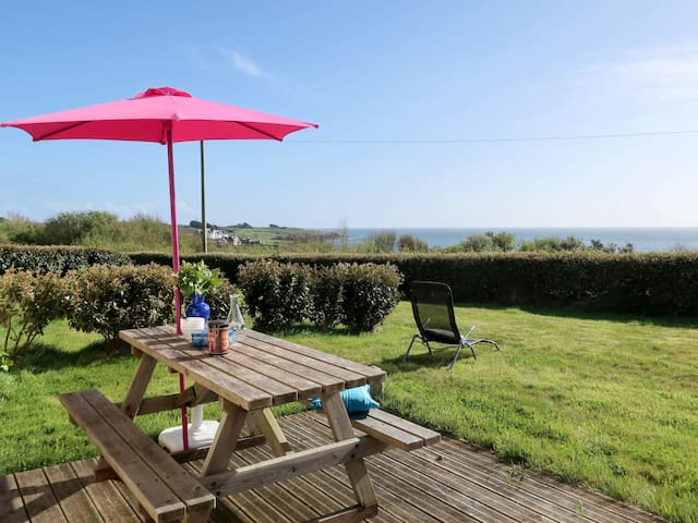 90 m² Holiday home in Le Conquet