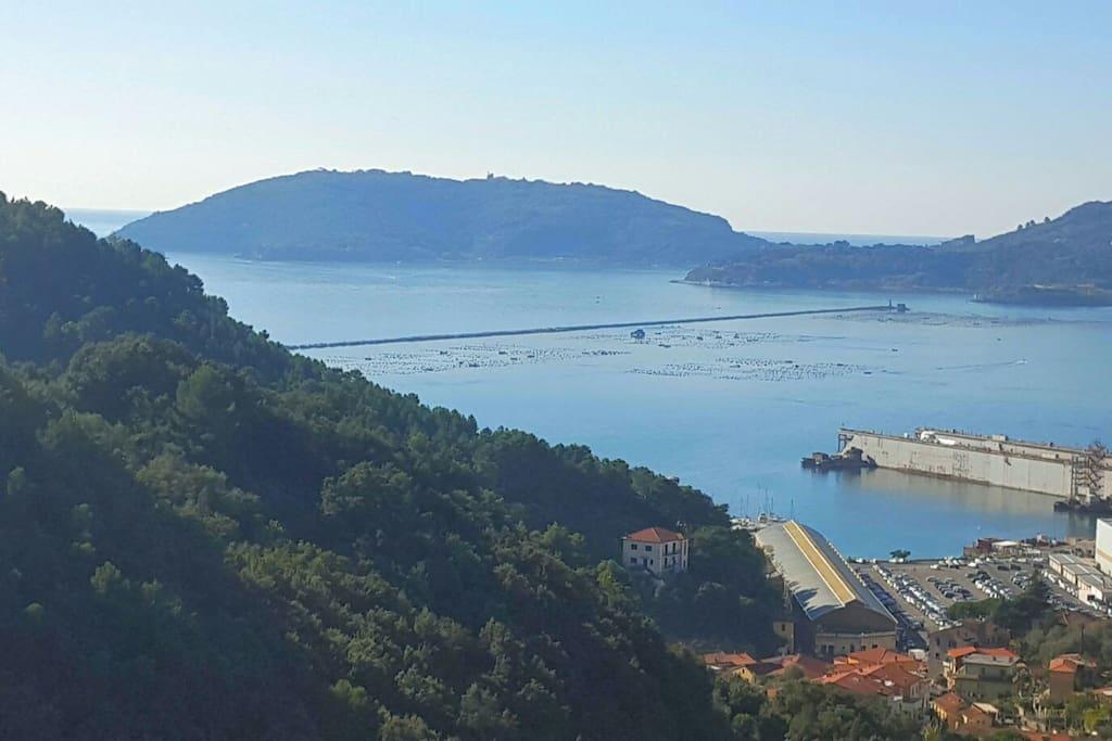 Vista terrazzino(golfo dei poeti,Isola Palmaria e Portovenere)