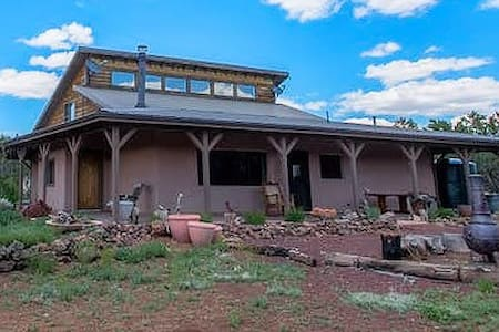 Grand Canyon Straw Bale Retreat