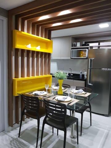 Moderno apartamento em Intermares com linda vista