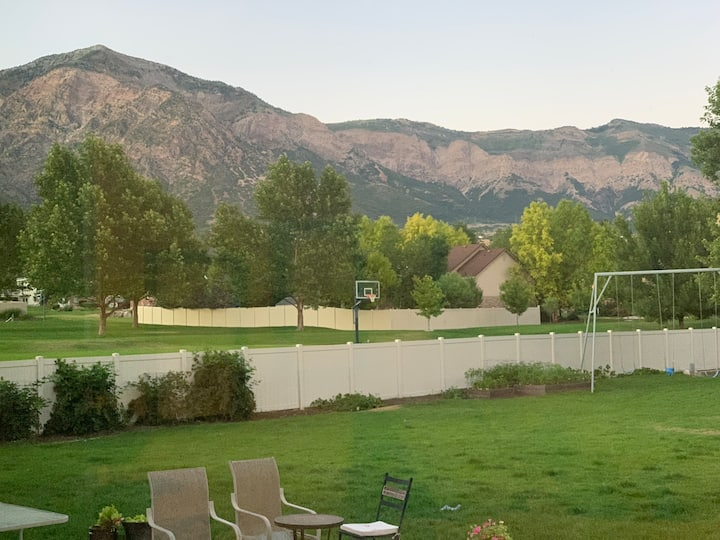 Mountain family space with large yard