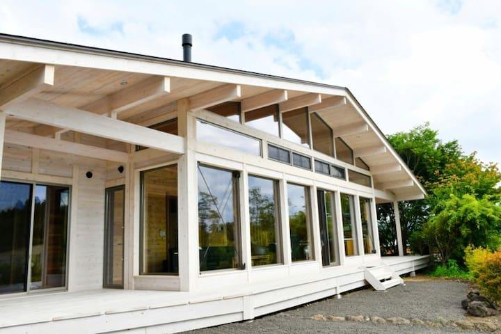 星が瞬く新築フィンランドログハウス/ポーラーハウス西軽井沢1