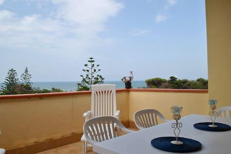 Apartment by the sea - Granitola Torretta