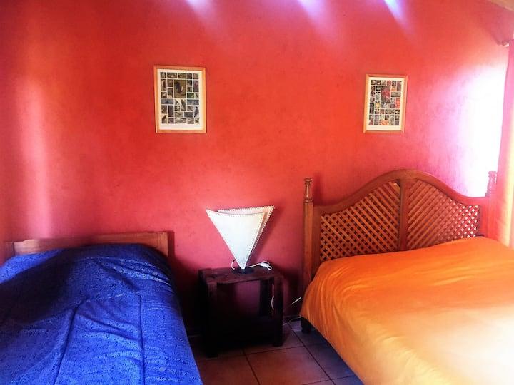 Habitación privada Robles casa Laguna del Toro