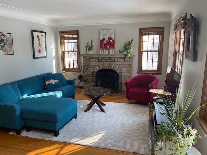 Gorgeous 2br/1ba home in the heart of Minneapolis