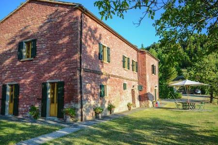 Villa acogedora en Tredozio, Toscana con increibles vistas
