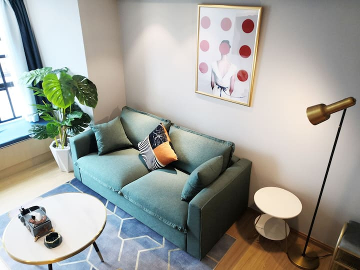 海伦国际~世纪城近官渡古镇\近滇池\近商圈loft公寓两居室「绿野」