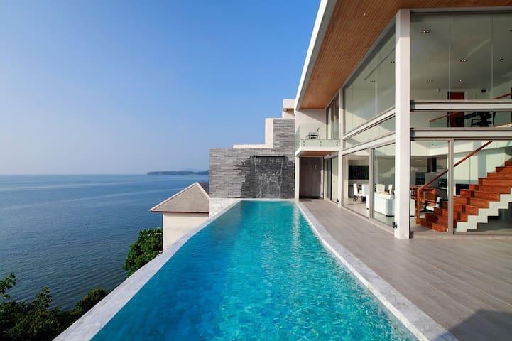 Kamala Beach Pool 3 Bed Villa