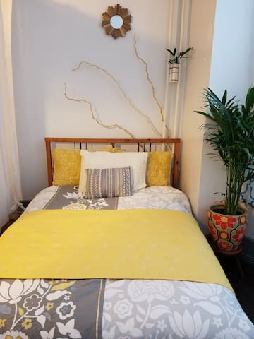 Phila Private Studio Apt. (W. Philly/Parkside)