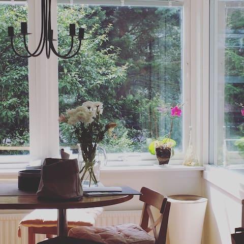 Spectacular room 10 min from Avenyn - Göteborg - Wohnung