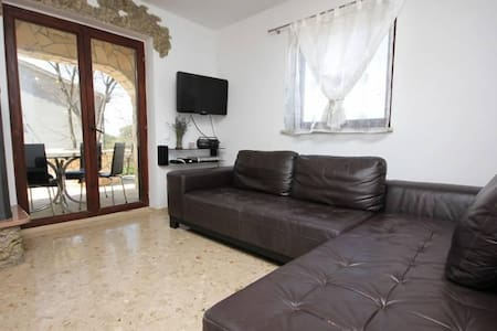 Three bedroom house with terrace Porozina, Cres (K-8101) - Porozina