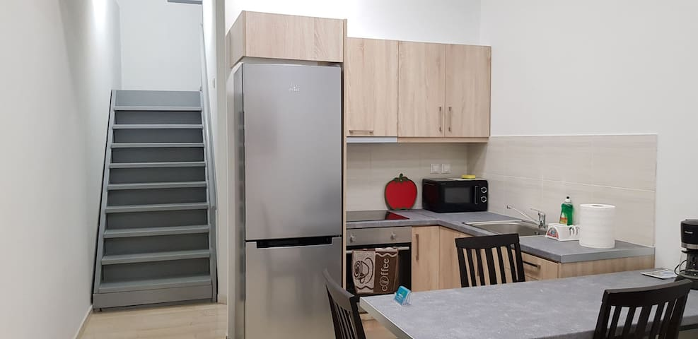 Smart Luxury House Center