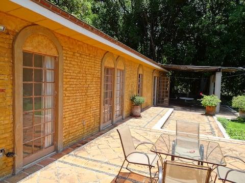 Holiday Home 6 BR. Cuernavaca Xochitepec