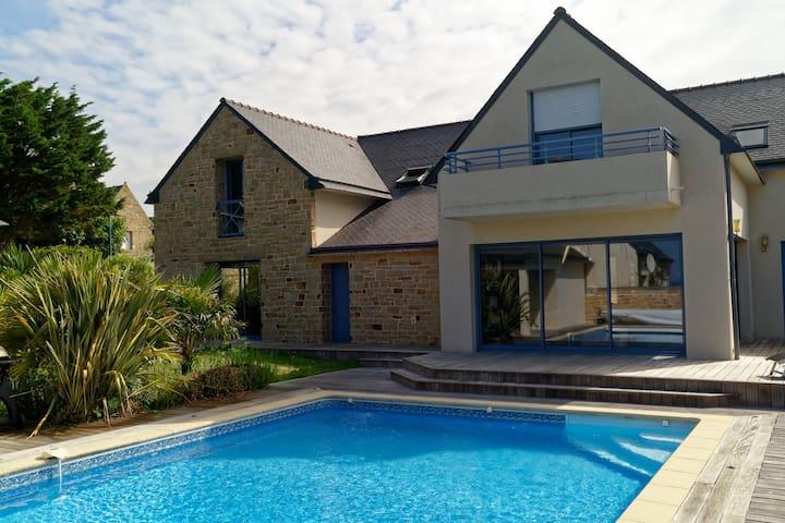 Villa Quiberon mer et piscine