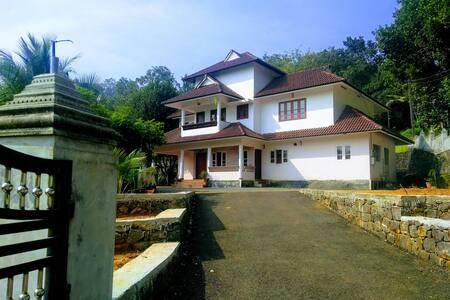 Santhigram Homestay  Erattupetta
