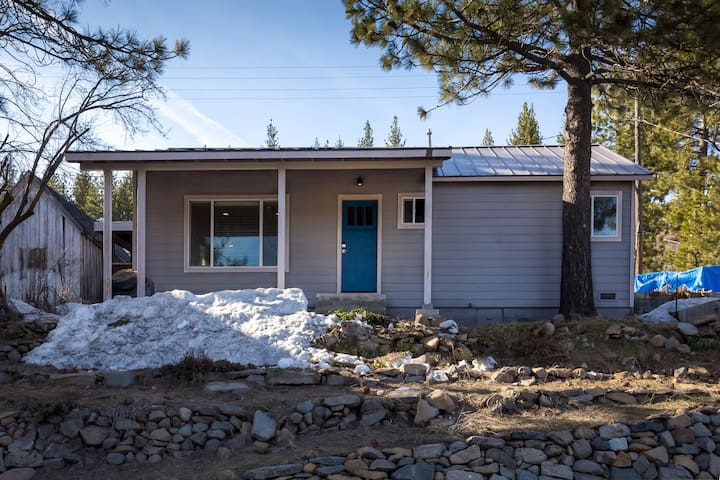 Our recently remodeled house is just steps from historic downtown Truckee!