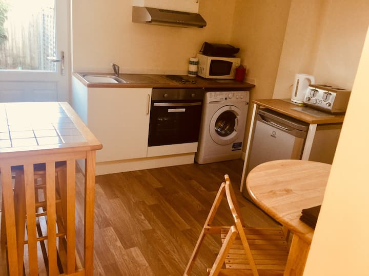 Evergreens Bletchley Single Bedroom