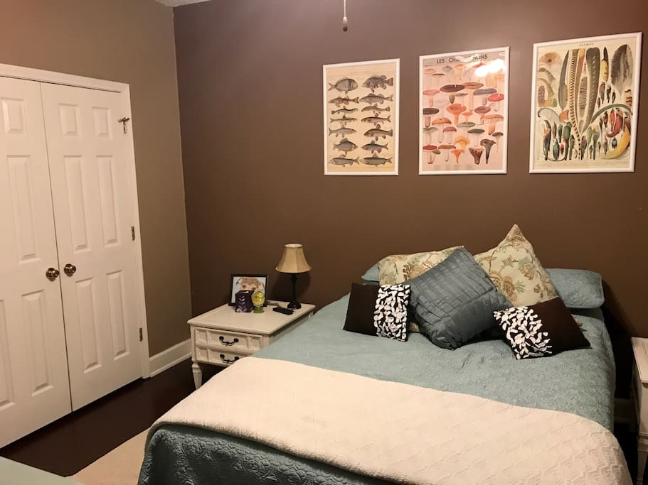 Bedroom 1, available for reserving parties of 1 to 2 people- queen sized bed