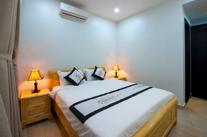 Hue Homestay Riverside - Deluxe Room 2