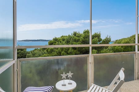 Superior room, balcony seaside-breakfast included - Vodice