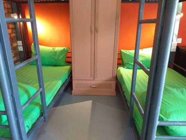 2 Double Decker Bed