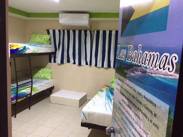 Tropical Caribbean Hostel (Hab. Bahamas)