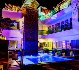 Casa Donama @ entre el Mar Caribe y la Sierra