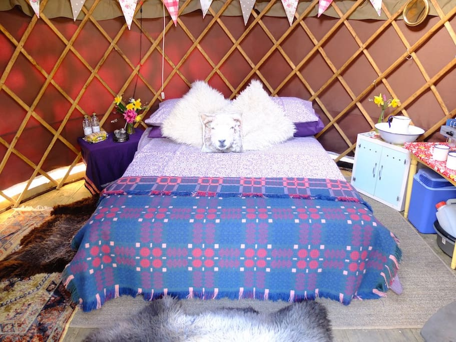 Comfy fold down futon bed - bring bedding or pre-book with us