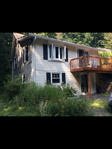 Lakeview Cottage - Southbury - House