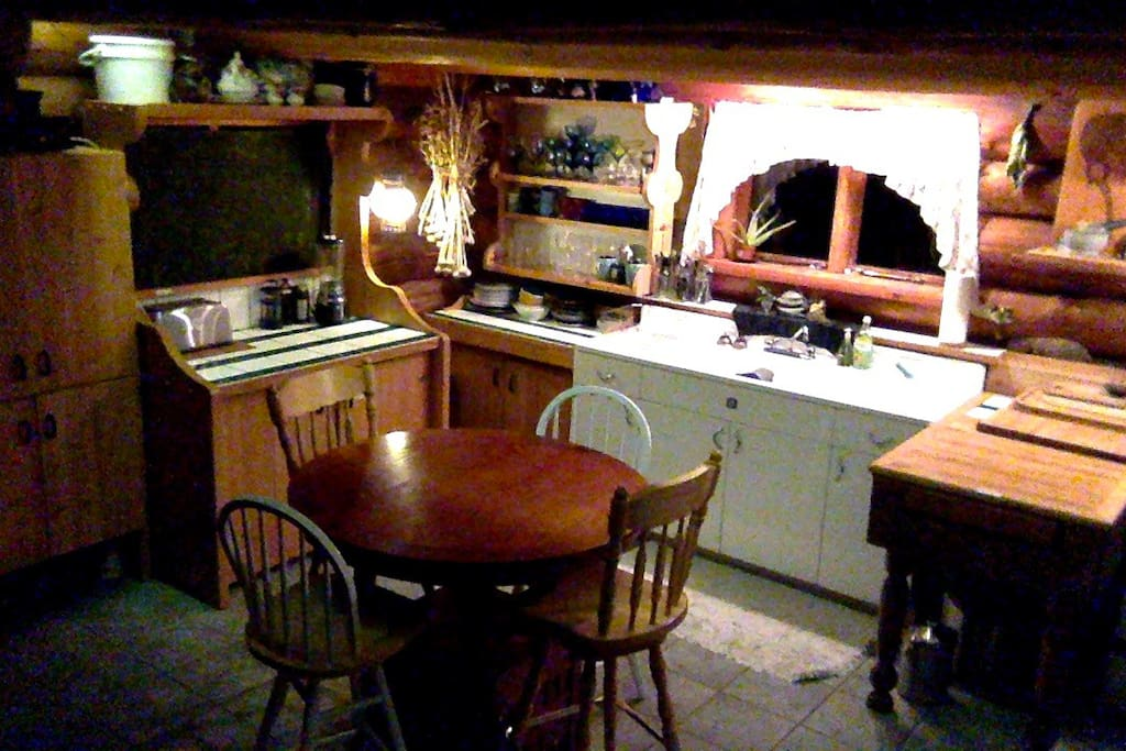 classic hobbit-esque fully equipped shared kitchen