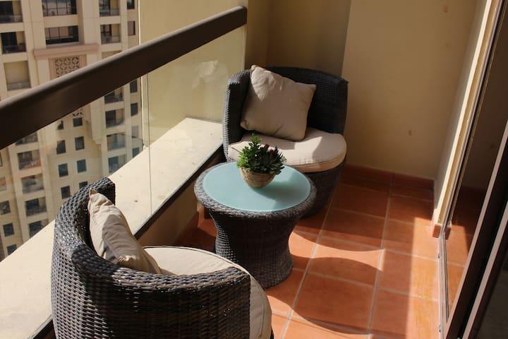 Murjan 2 Furnished balcony