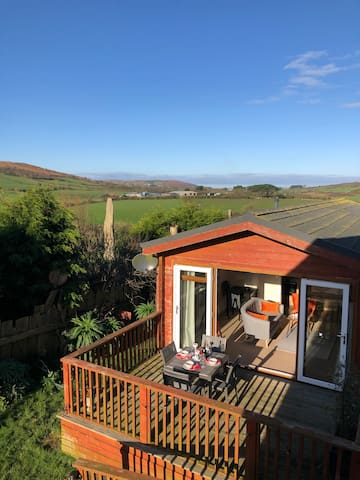 The Summer House- amazing views close to St Ives