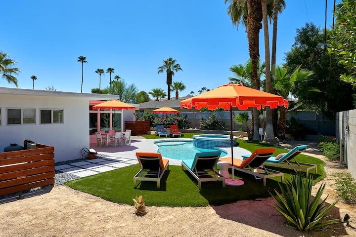 Atomic Sunrise - Ultimate Palm Springs living