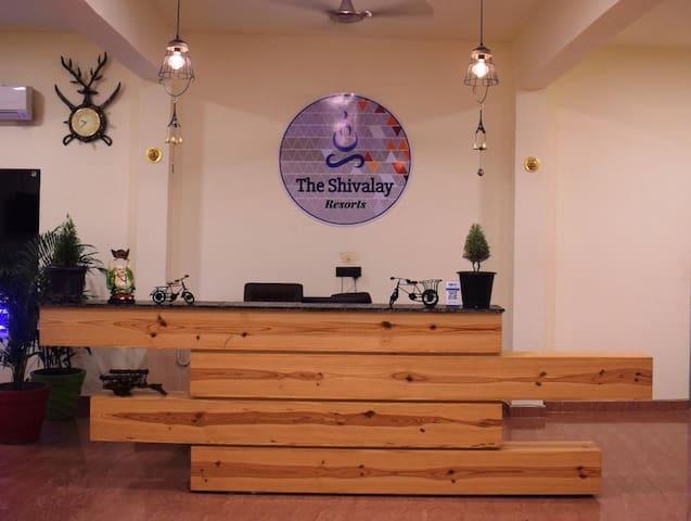 TUSKAR COTTAGE - The Shivalay Resorts Cougar Creek
