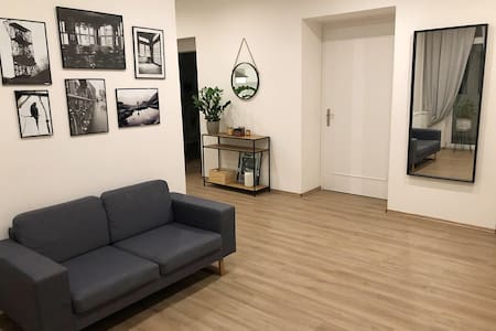 Prostorný moderní byt v centru Ostravy!
