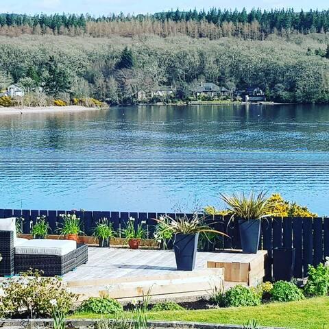 Airanloch Bed & Breakfast, Lochend, Loch Ness Rm 2